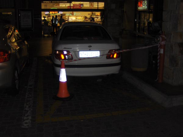 20090502_Clamped-Car-outside-Checkers