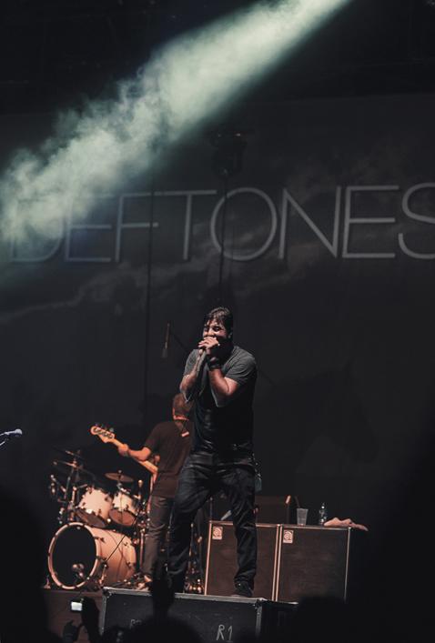 Deftone LIVE 8 Watkykjy