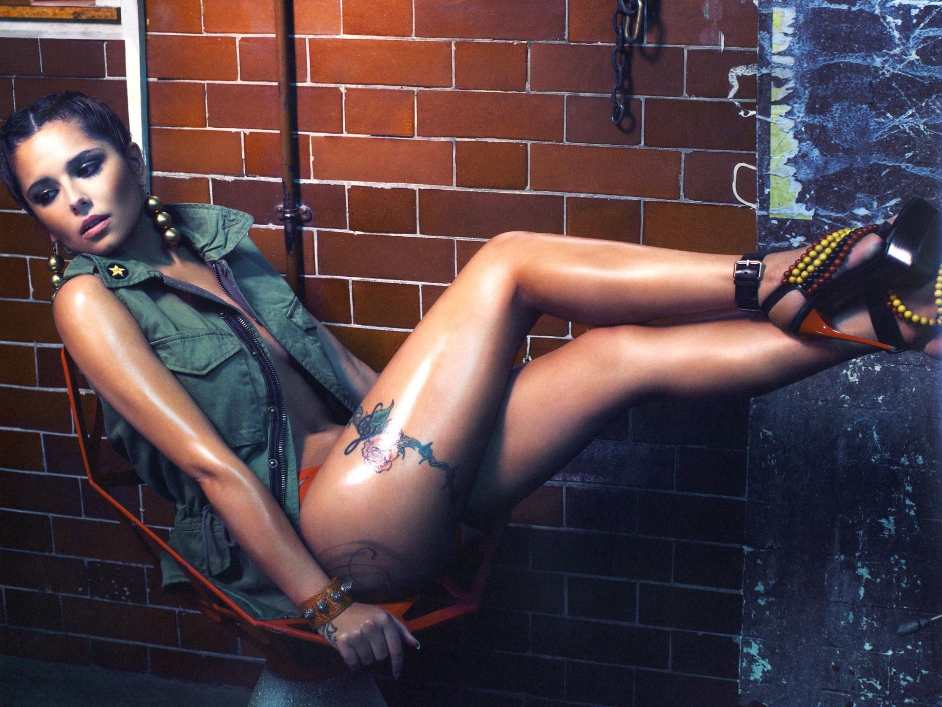 Cheryl Cole watkykjy warm bokkie