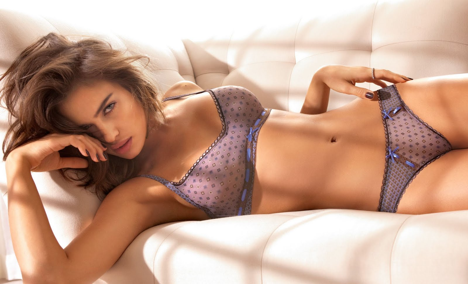 Irina Shayk watkykjy warm bokkie