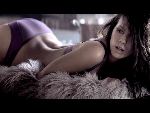 Kate Beckinsale warm bokkie 2