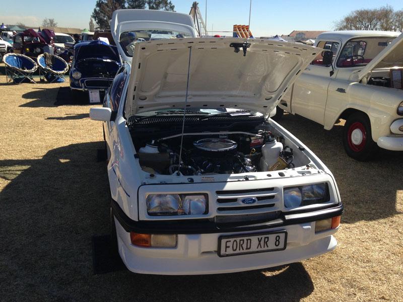 Ford XR 8 - 2