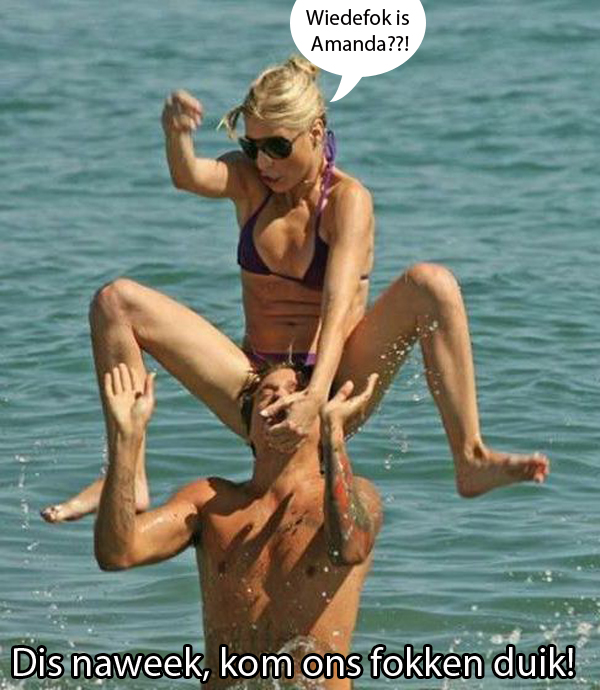 kelly-ripa-bikini