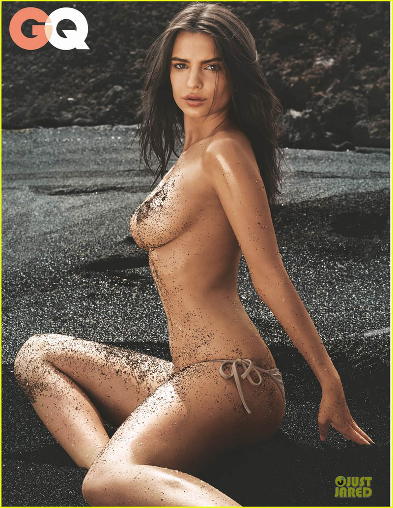emily-ratajkowski-sexy-topless-gq-july-2014-cover-02