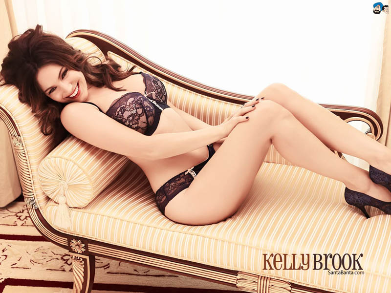kelly-brook-156a