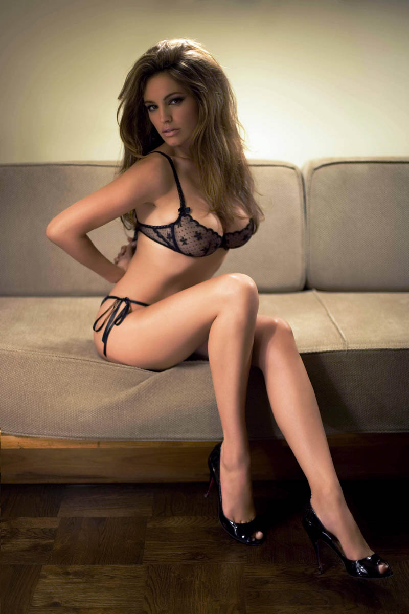 kelly brook maak har bra los
