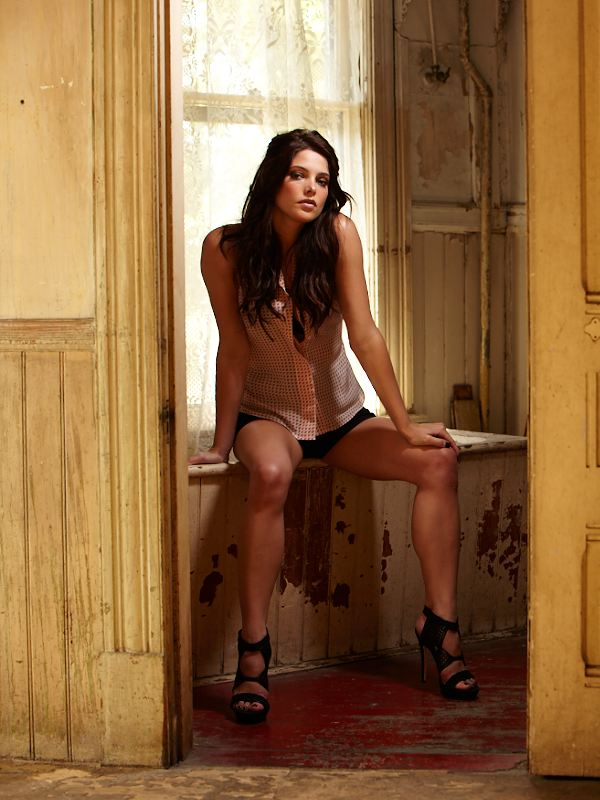 maak oop maak toe maak tee ashley greene