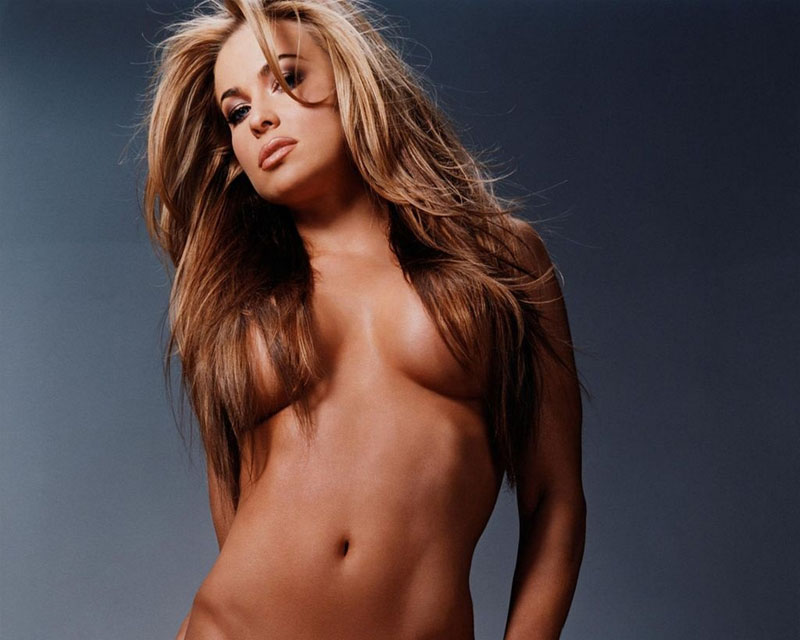 hare oor boobs carmen electra