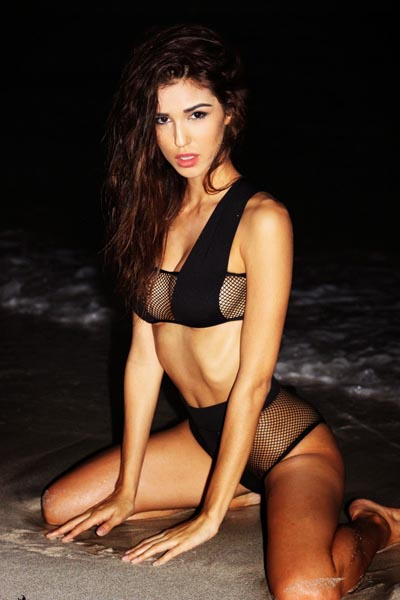 oppie strand Ashley Sky