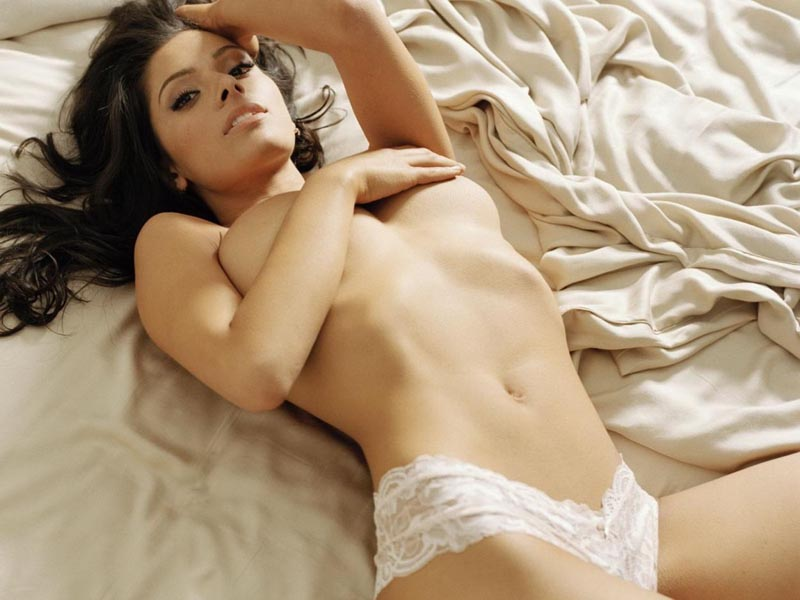 raak boobs Sarah Shahi