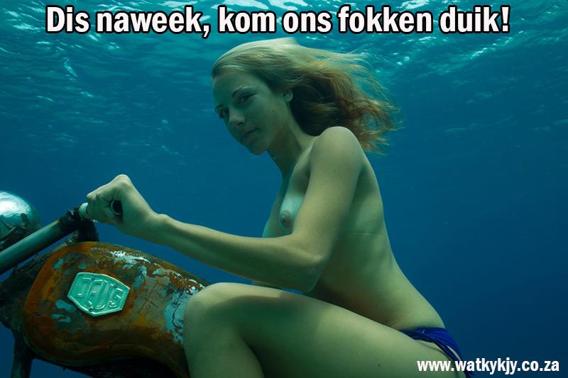 watkykjy-duik-sexy-underwater-bike