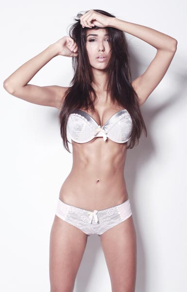 wit onderklere Ashley Sky