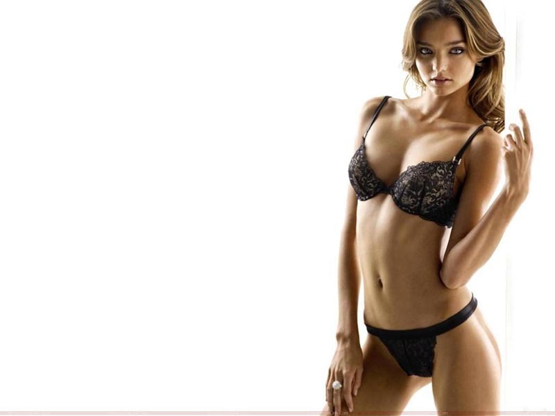 miranda-kerr-hot-wallpaper-in-linegerie-hot-fd3b06f899e496c55baee2c0e1a460f3-large-41223