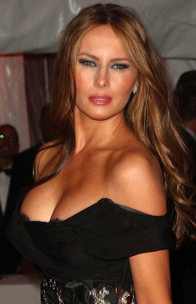 melania-trump-swart-boobs