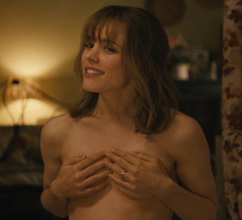 rachel-mcadams-hou-boobs-vas