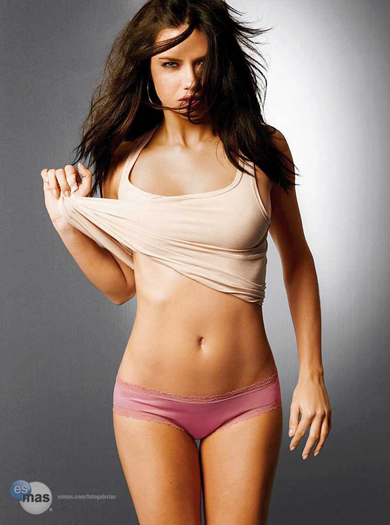 adriana-lima-crop-top