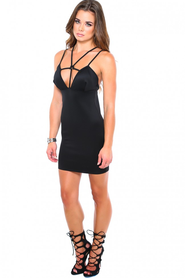 dessie-mitcheson-black-dress