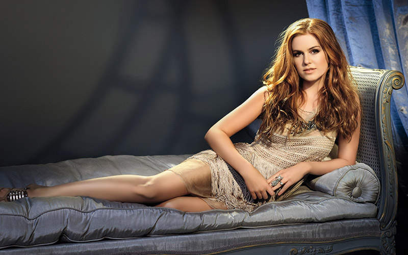 isla-fisher-couch