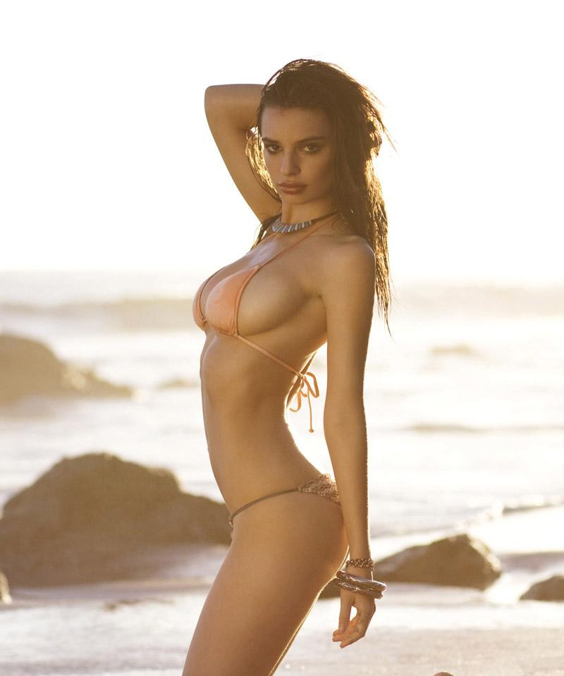 Emily-Ratajkowski-in-Surfline-Bikini-Photoshoot-05
